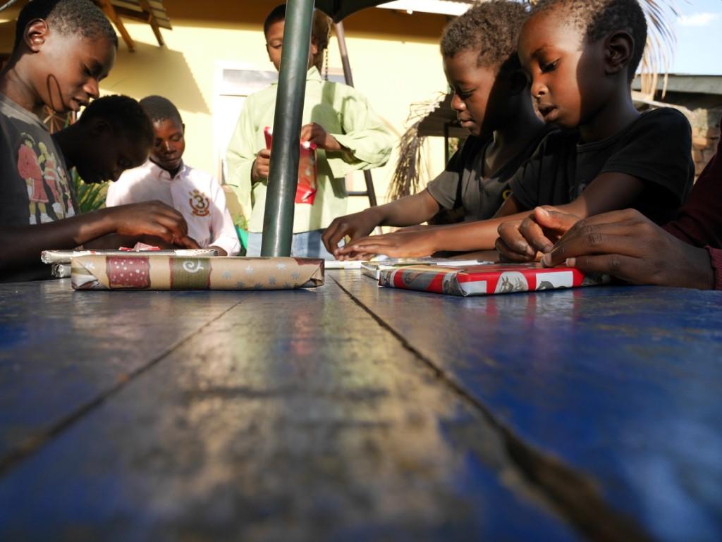 Barn pluggar svenska alla ska spela kubb